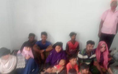 নোয়াখালীতে ভাসানচরের ১২ রোহিঙ্গা আটক