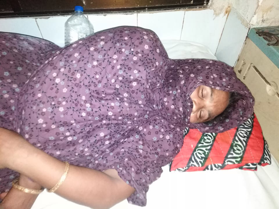 নোয়াখালীতে নারীকে অর্ধউলঙ্গ করে নির্যাতনের অভিযোগ